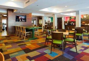 Restaurant - Fairfield Inn & Suites by Marriott Northwoods Mall