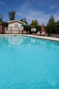Pool - Holiday Inn Express Hotel & Suites CSU