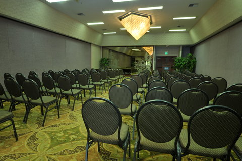 Shilo Inn Suites Hotel Portland Airport - Meeting Room