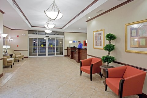 Holiday Inn Express & Suites BUFFALO - Hotel Lobby