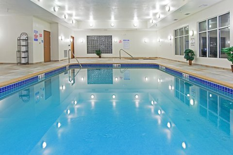 Holiday Inn Express & Suites BUFFALO - Swimming Pool