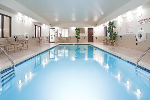 Holiday Inn Express & Suites GARDEN CITY - Swimming Pool