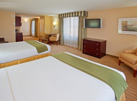 Holiday Inn Express & Suites FRESNO (RIVER PARK) HWY 41 - Double Bed Guest Room