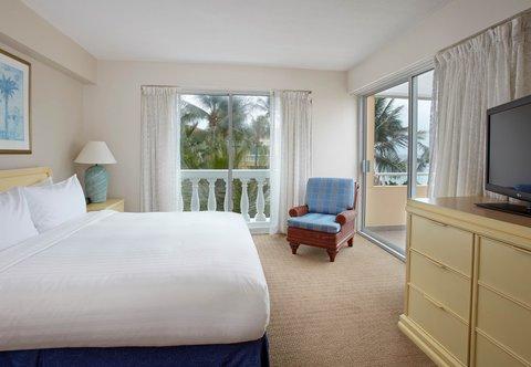 Curacao Marriott Beach Resort & Emerald Casino - Oceanfront Suite - Bedroom