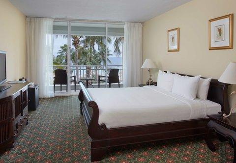 Curacao Marriott Beach Resort & Emerald Casino - Presidential Suite - Bedroom