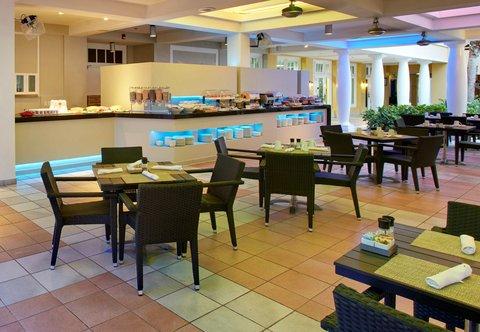 Curacao Marriott Beach Resort & Emerald Casino - Palms Cafe