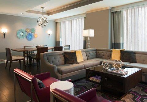 Renaissance Tampa International Plaza Hotel - Presidential Suite Living Room