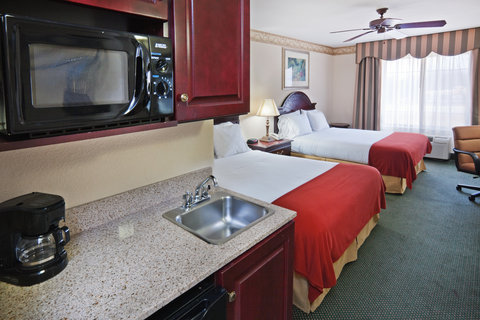 Holiday Inn Express & Suites GAINESVILLE - Double Bed Guest Room