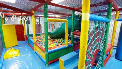 Holiday Inn ANDORRA - Children s Recreation