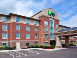 Holiday inn express hotel suites mason oh see discounts for Hotels near ikea cincinnati