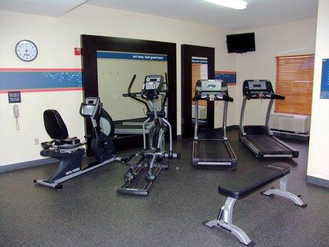 Hampton Inn Garden City - Fitness Center