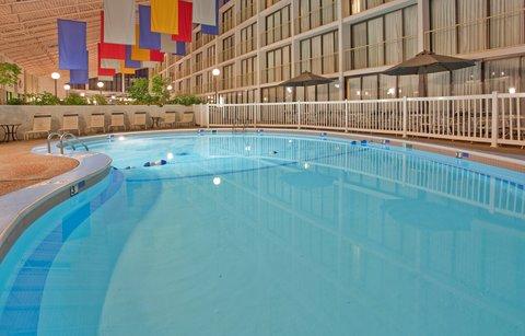 Holiday Inn ALTON (LEWIS&CLARK TRAIL SITE) - Pool