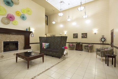 Holiday Inn Express & Suites GADSDEN W-NEAR ATTALLA - Modern comfortable lobby