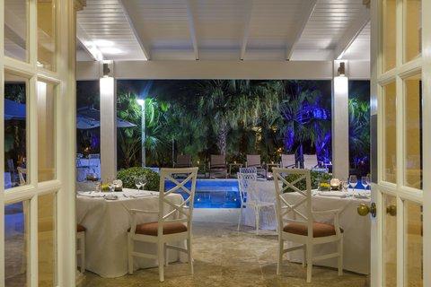 Tortuga Bay Hotel - Bamboo Restaurant - Outside setting