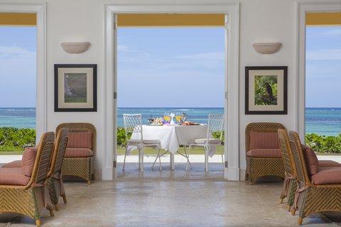 Tortuga Bay Hotel - LivingRoom Ocean Front - View