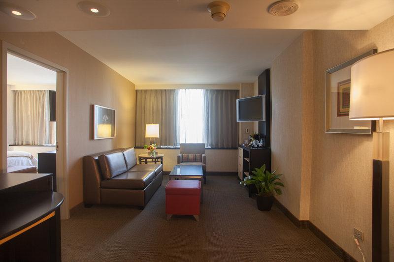 Holiday Inn Express DENVER DOWNTOWN - Denver, CO