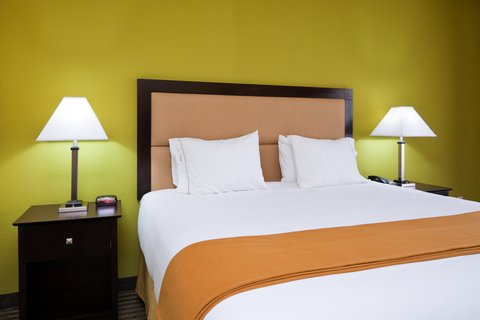 Holiday Inn Express & Suites GREENVILLE - Deluxe Room