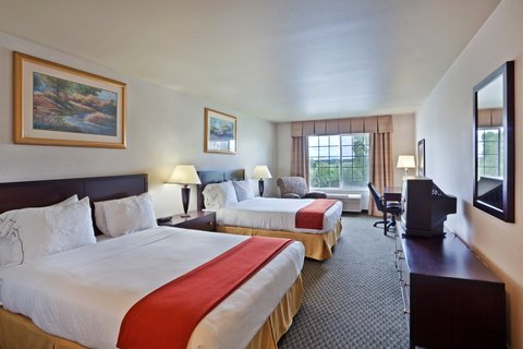 Holiday Inn Express CORVALLIS-ON THE RIVER - Queen Bed Guest Room