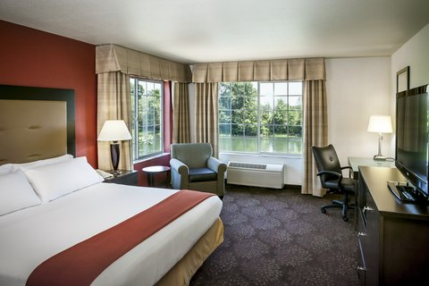 Holiday Inn Express CORVALLIS-ON THE RIVER - Accessible King Bed Guest Room