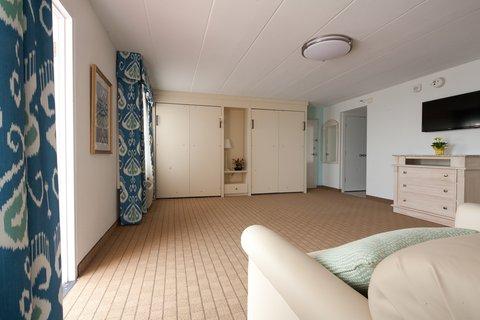 Dunes Manor Hotel - Folding Beds