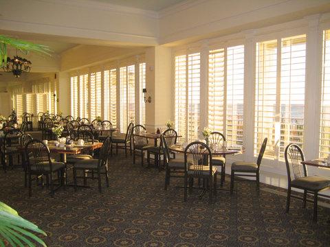 Dunes Manor Hotel - Breakfast Dining