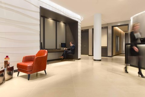 Hilton Amsterdam Airport Schiphol Hotel - Business Centre