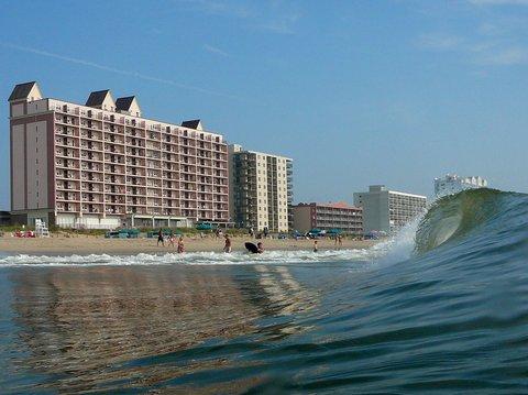 Dunes Manor Hotel - Oceanfront Accommodations