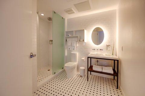 Vintro South Beach - Guest  Bath