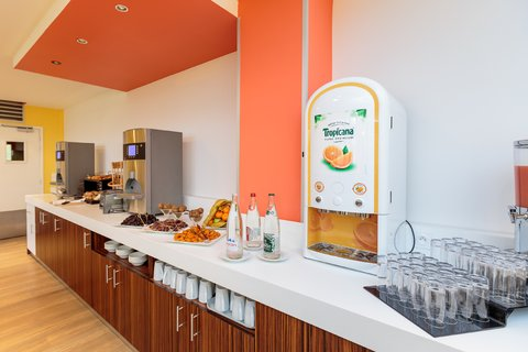 Holiday Inn Garden Court CLERMONT - FERRAND CENTRE - Breakfast Bar