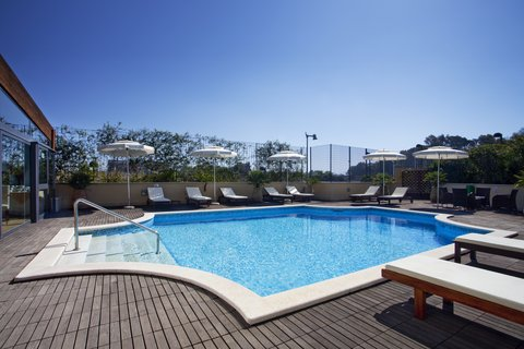 Holiday Inn CAGLIARI - Swimming Pool -open seasonally from June to September