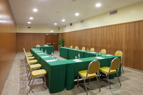 Holiday Inn CAGLIARI - Meeting Room  62 sq m   U-shape