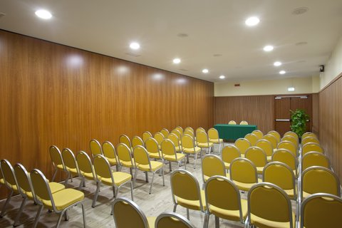 Holiday Inn CAGLIARI - Meeting Room  62 sq m   theatre style