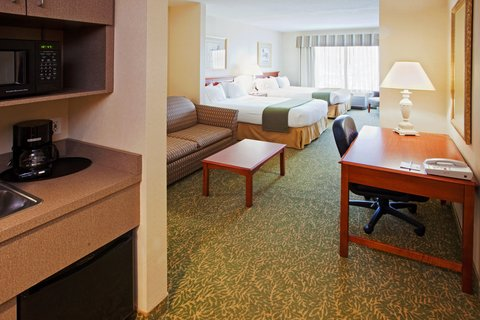 Holiday Inn Express & Suites HAGERSTOWN - Suite