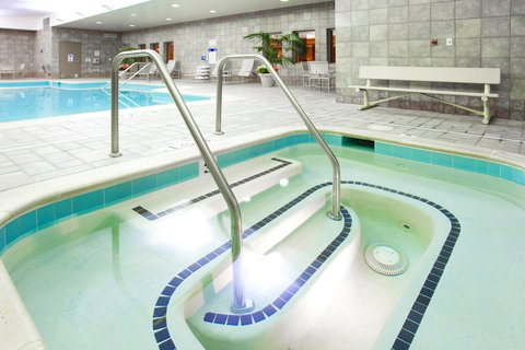 Holiday Inn Express & Suites HAGERSTOWN - Whirlpool