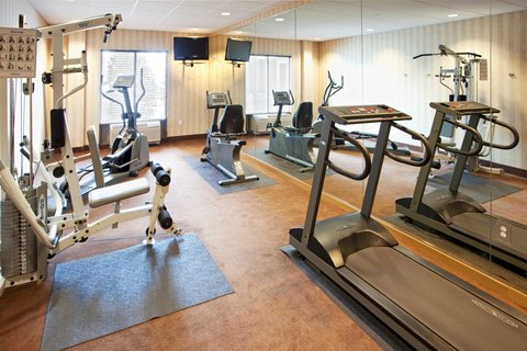 Holiday Inn Express & Suites HAGERSTOWN - Fitness Center