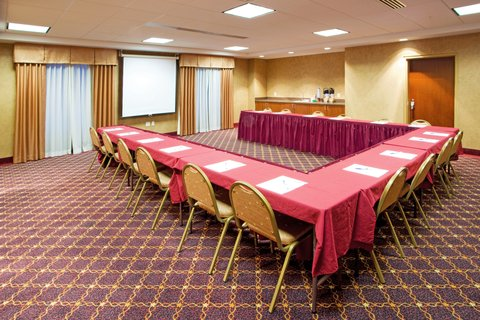 Holiday Inn Express & Suites HAGERSTOWN - Meeting Room
