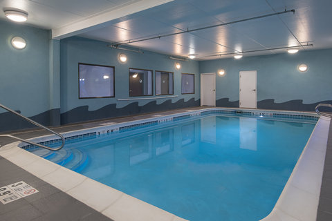 Holiday Inn Express & Suites COOPERSTOWN - Indoor Heated Pool