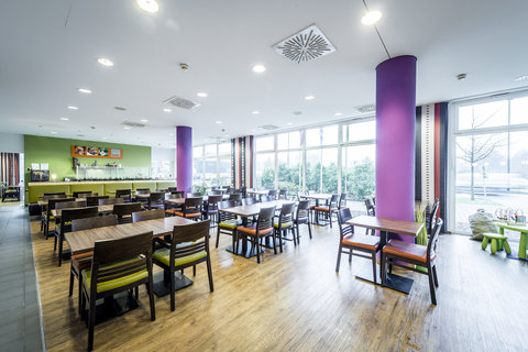 Holiday Inn Express DUSSELDORF - CITY NORTH - Sit down and relax in our breakfast area