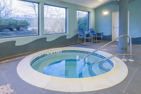 Holiday Inn Express & Suites COOPERSTOWN - Indoor Whirpool Spa
