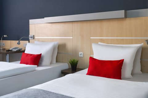 Holiday Inn Express DUSSELDORF - CITY NORTH - Enjoy your stay in your comfortable Twin Bed Guest Room