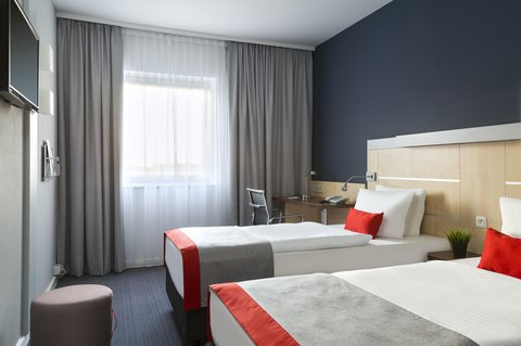 Holiday Inn Express DUSSELDORF - CITY NORTH - Ideal for sharing - our twin bedded rooms
