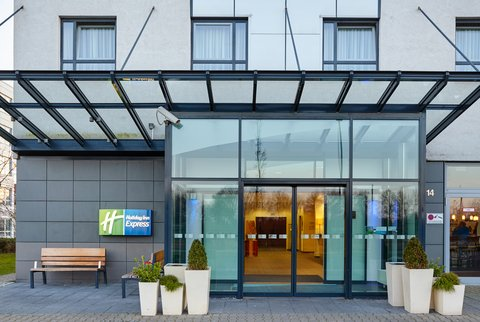 Holiday Inn Express DUSSELDORF - CITY NORTH - Welcome to Holiday Inn Express Dusseldorf