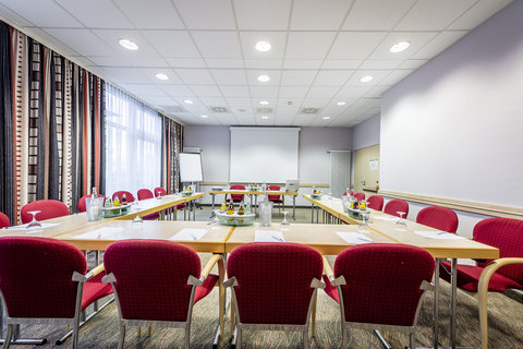 Holiday Inn Express DUSSELDORF - CITY NORTH - A good place to meet  our conference room