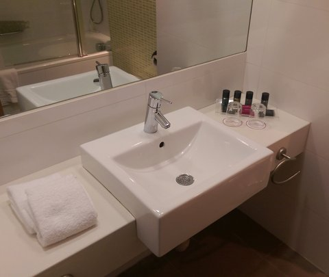 كراون بلازا إيلات - Deluxe room - Bathroom Amenities