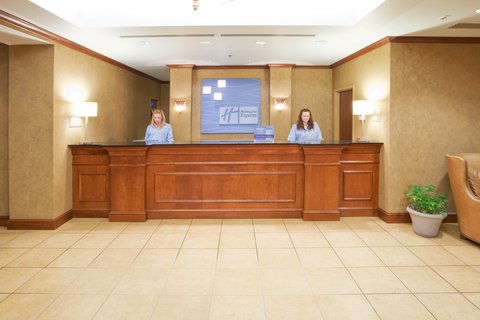 Holiday Inn Express & Suites HAGERSTOWN - Guest Check-In