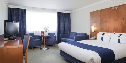 Holiday Inn COVENTRY M6, JCT.2 - Room Feature with sofa bed