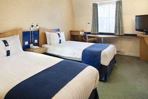 Holiday Inn Express Aberdeen City Centre - Twin rooms sell quickly so book early if you can
