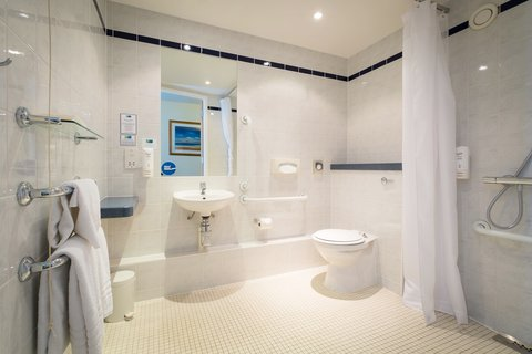 Holiday Inn Express Aberdeen City Centre - Wheelchair accessible bathrooms  designed for practicality
