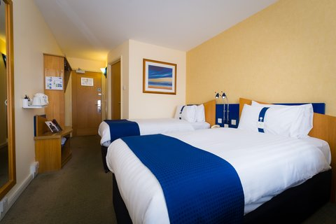 Holiday Inn Express Aberdeen City Centre - Wonderful en-suite power showers in every room