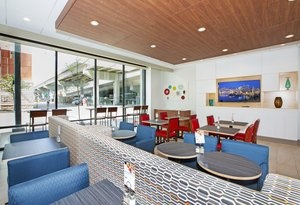 Restaurant - Holiday Inn Express Hotel & Suites North Shore Pittsburgh